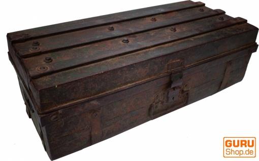 Alter Blechkoffer antiker Metallkoffer - Modell 20
