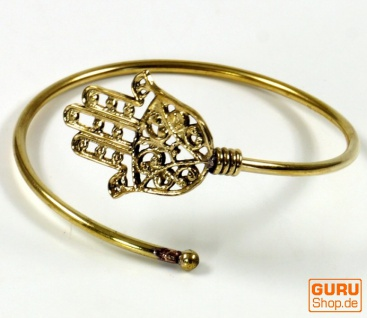 Boho Armschmuck Fatimas Hand, Armspange aus Messing - gold