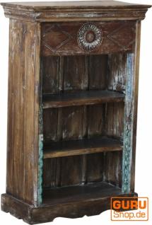 Kleines Rustikales Bücherregal, Massivholz, Vintage look - Modell 32