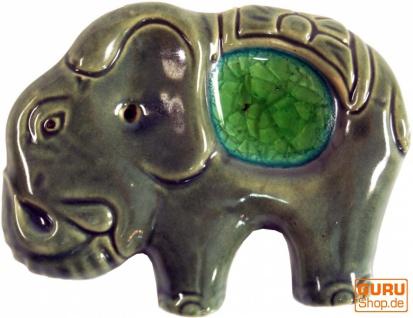 Räucherstäbchenhalter Elefant aus Keramik grün - Modell 3