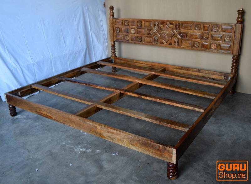 Bett, Schlafzimmer, Kolonialstil Indien - Kaufen bei Guru-Shop GmbH