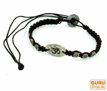 OM Makramee Armband mit kleinen Metallperlen - schwarz