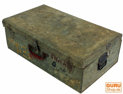 Alter Blechkoffer antiker Metallkoffer - Modell 5