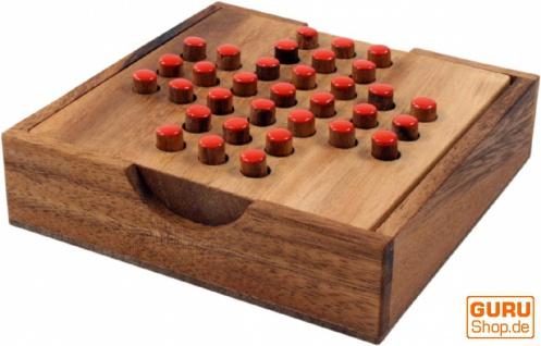 Brettspiel, Gesellschaftsspiel aus Holz - Solitär