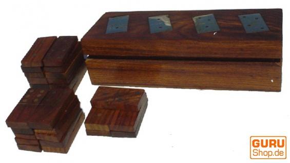 Brettspiel, Gesellschaftsspiel aus Holz - Dominospiel