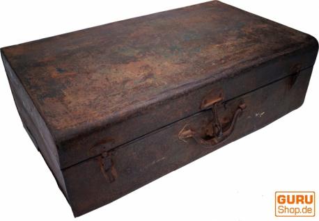 Alter Blechkoffer antiker Metallkoffer - Modell 17