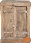 Beistellschrank mit alter Tür