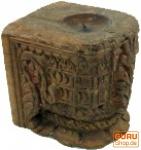 Massiver Indischer Kerzenständer, Antiker Kerzenhalter `Rajasthan`- Einzelstück