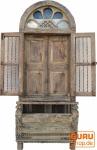 altes indisches Fenster / Balkon