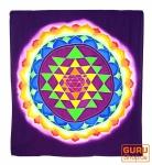 Wandbehang, Wandtuch, Wandbild, Batiktuch - Yantra im Lotus lila