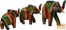 Holzfigur Elefant in 3 Größen - bunt gestreift