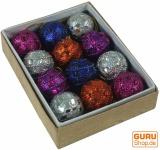 12 kleine Glitterkugeln in 3 Farbvariationen