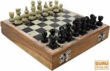 Brettspiel, Gesellschaftsspiel aus Holz und Speckstein - Schachspiel