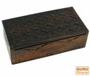 Beschnitzte kleine Schatztruhe, Holzschachtel, Schmuck Dose, Schatzkiste - Modell 17