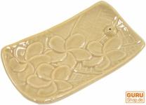 Räucherstäbchenhalter aus Keramik - beige
