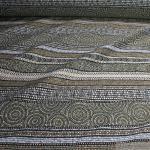 Stoff Polyester Baumwolle Jacquard Streifen schwarz gold Inka - Stil
