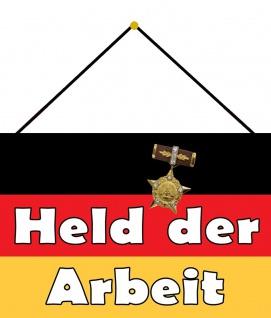 Blechschild Nostalgie DDR Held der Arbeit Metallschild 20x30 Deko mit Kordel