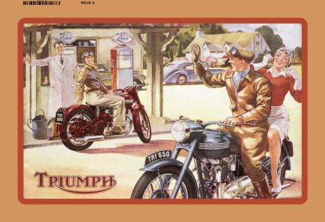 Triumph motorrad am tankstelle blechschild