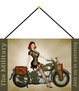 Blechschild Pinup Military Girl auf Motorrad Metallschild Deko 20x30 mit Kordel