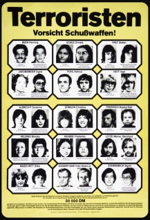 Blechschild Retro Fahndung Terroristen 50.000 DM Belohnung (1984) Metallschild Wanddeko 20x30cm tin sign
