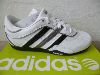 Adidas Schnürschuh Fußballschuh Sneakers Weiß NEU