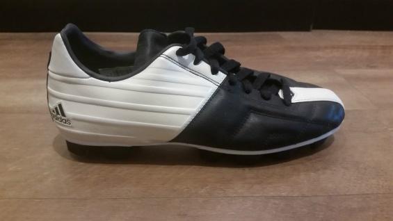 Adidas Fußballschuh schwarz/weiß Nockenstollen NEU Sportschuh Sport Fußball NEU