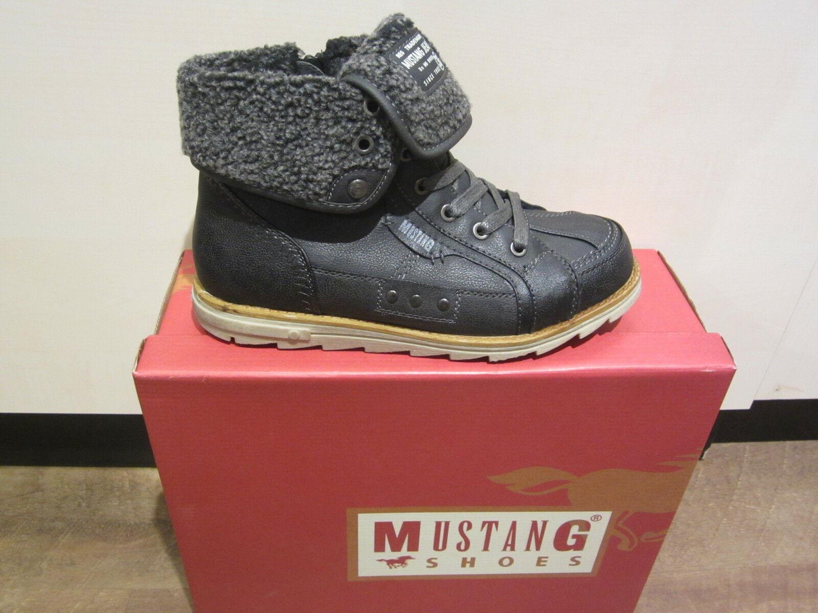 Mustang Stiefel, Stiefel, schwarz, mit Reißverschluß, warm gefüttert 5017 NEU
