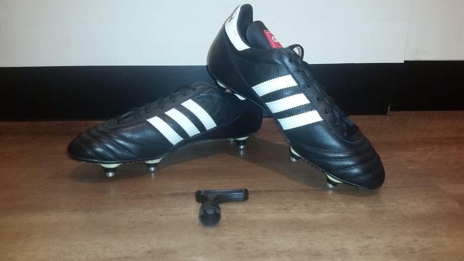 Adidas Fußballschuhe schwarzweiß Stollen NEU Sportschuhe Fußball Stollen