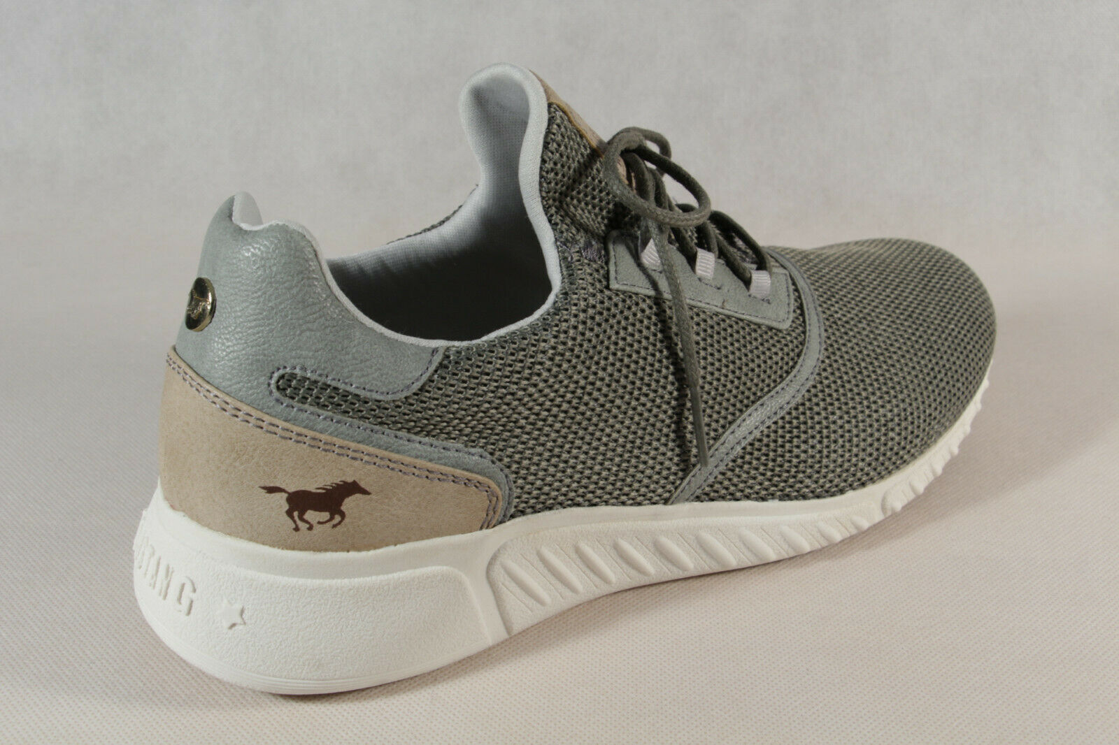 Mustang Slipper Sneakers Sportschuhe Halbschuhe rot Gummisohle 1315 NEU