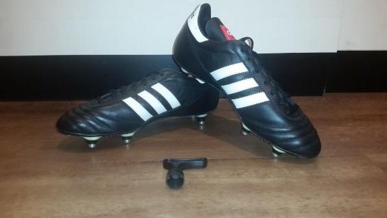Adidas Fußballschuhe schwarz/weiß Stollen NEU Sportschuhe Fußball Stollen