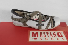 Mustang Ballerina Slipper weiss/ pfeffer, mit weicher Innenlaufsohle NEU!!