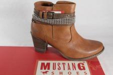 Mustang Damen Stiefel Stiefeletten Boots, braun, leicht gefüttert NEU