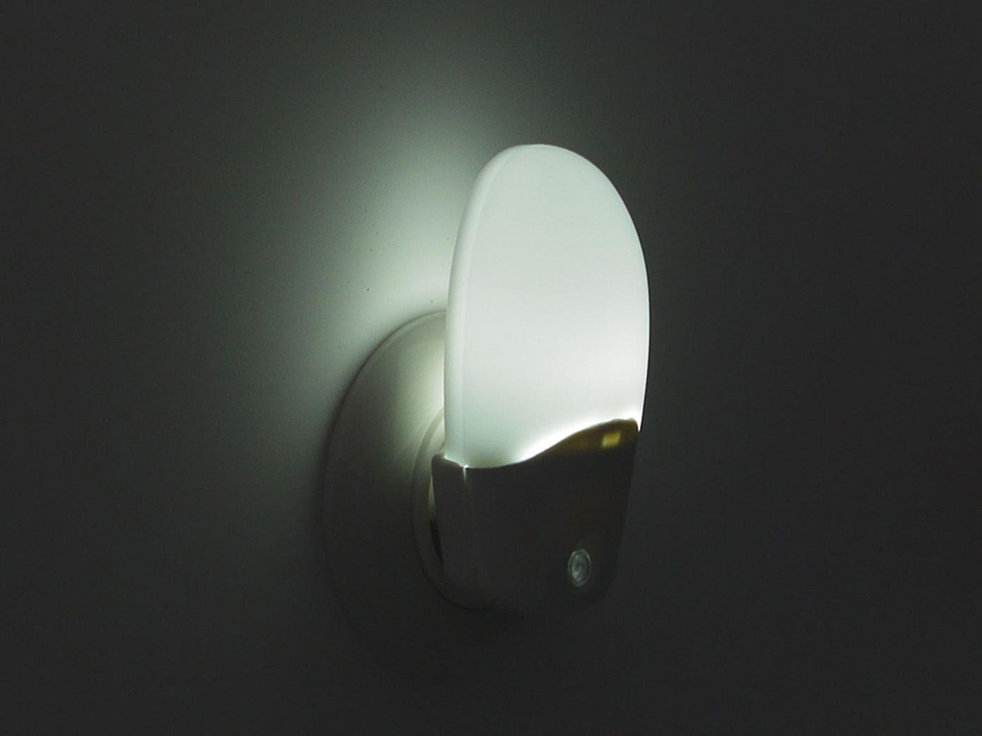LED-Nachtlicht Steckdose OVAL Nachtlampe Baby Dämmerungssensor Schlummerlicht