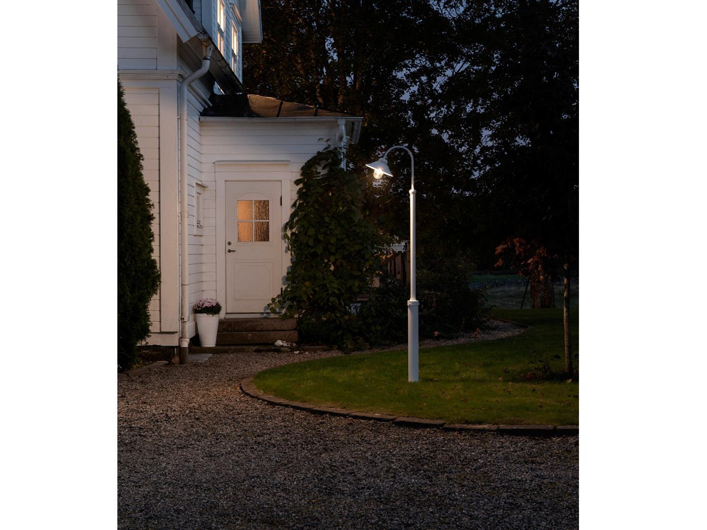 Außenleuchte Standleuchte Straßenlaterne Konstsmide Mastleuchte VEGA weiß