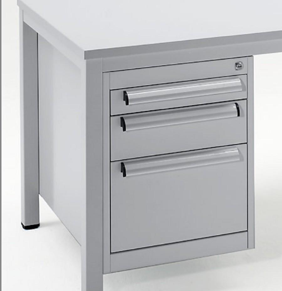 Schreibtisch marken for Buromobel lagerverkauf