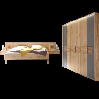 Thielemeyer Mira Schlafzimmer Ausführung Wildeiche mit Colorglas schiefergrau und Hirnholz bestehend aus 6-türigem Drehtürenschrank Komfortbett Liegefläche ca. 200 x 200 cm 2 Hängekonsolen und 2 Aufsatzpaneele optional mit Kommode und Beleuchtung