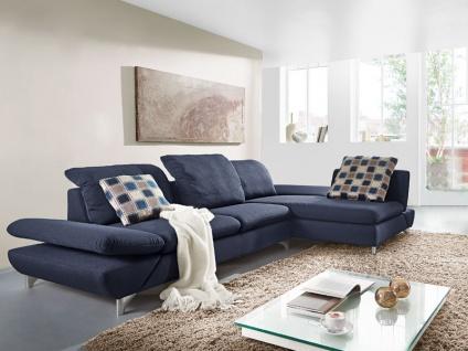 Willi Schillig Eckgarnitur Taoo 15278 bestehend aus Sofa groß und Longchair mit integrierter Sitztiefenverstellung, flexibler Seitenteil- und Kopfteilverstellungen und mit dem Bezug im dunkelblauen Farbton blue in der Stoffgruppe V41_27 auf glänzenden Met