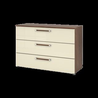 Nolte Möbel Alegro2 Basic Kommode mit 3 Schubkästen Korpusfarbe Macadamia-Nussbaum-Nachbildung Front Hochglanz magnolia mit Bicolor-Griffen