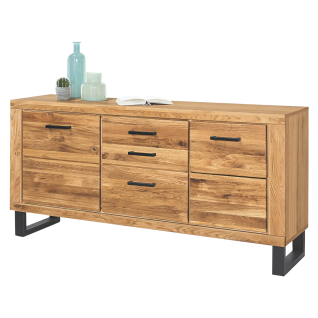 Elfo-Möbel Tina 2346 Sideboard 2-türig mit 3 Schubkästen mit Korpus aussen Eiche furniert und innen Eiche Nachbildung sowie Front Eiche Massivholz geölt gestell und Griffe in Metall schwarz