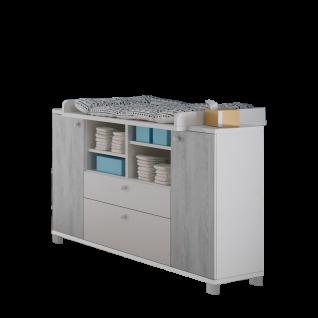 Mäusbacher Skandi Wickelkommode Wiko_22 mit zwei Türen zwei Schubkästen und vier offenen Fächern Kommode für Ihr Babyzimmer im Dekor Weiß matt Lack mit Absetzungen in Astana Pine Nachbildung
