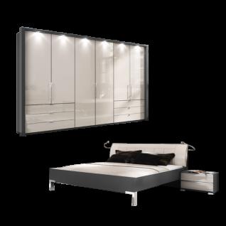 Wiemann Loft V.i.P. Schlafzimmerset mit Futonbett mit Polster-Kopfteil Gleittürenschrank und Nachtschränken in Havanna-Dekor mit Glas Magnolie