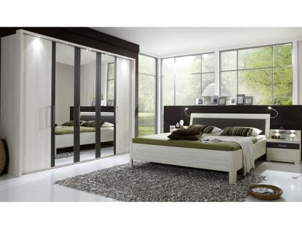 Wiemann Lissabon Schlafzimmer-Set 4-teilig in Polar-Lärche-Nachbildung mit Drehtürenschrank, Futonbett und 2 Nachtkonsolen