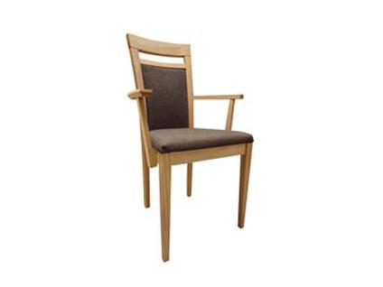 DKK Klose Sessel S27 mit Armlehnen für Wohnzimmer oder Küche Polsterung im Sitz und Rücken in wählbaren Holzfarbtönen und Bezügen