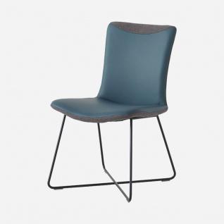 Wöstmann Stuhl Craft 3 mit straffer Polsterung überlappendem Rückenbezug und schwarz strukturgepulvertem Gestell Bezug uni oder bicolor wählbar