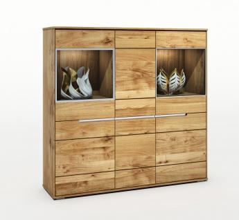 ELFO Highboard LISSY mit 4 Holztüren 2 Türen mit Glas und Alurahmen 4 Einlegeböden 2 Glasböden Glasschrank Art.Nr. 2995 Wildeiche Massivholz geölt grifflos für Wohnzimmer oder Esszimmer Seitenteile sind keilgezinkt