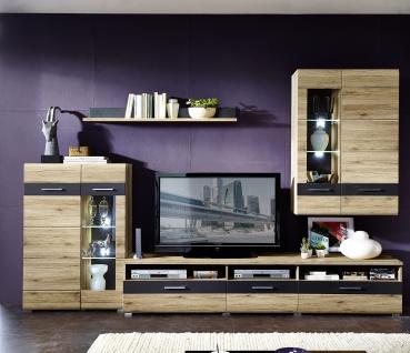 Wohn-Concept Wohnwand SLATE in San Remo Eiche hell MDF Wohnlösung 4teilig montiert 40 09 HH 80 komplett mit Vitrine Hängevitrine TV-Unterteil und Wandboard TV-Wand mit LED-Beleuchtung für Wohnzimmer oder Gästezimmer