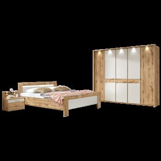 Wiemann Donna 2 Schlafzimmer mit Bett 5-türigem Drehtürenschrank und Nachtkonsolen in Balkeneiche-Nachbildung mit Absetzungen in Champagner-Dekor