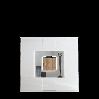 Ideal-Möbel Canberra Highboard Type 52 für Ihr Wohnzimmer oder Esszimmer moderne Anrichte mit drei Glastüren mit Korpus in Weiß mit Hochglanzfronten mit Absetzung in Artisan Eiche