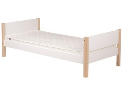 Kinderbett FLEXA White Einzelbett 90x200 cm massiv Pfosten aus Birke in natur oder weiß Lattenrost Flexa4Dreams