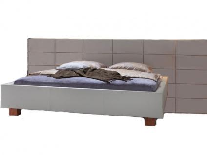 Hasena Dream-Line Bett bestehend aus Bettrahmen Fundina Kopfteil Opio 3 L Füße Ivio Liegefläche 180x200 cm optional mit Längstraverse und Nachttisch Dupla wählbar